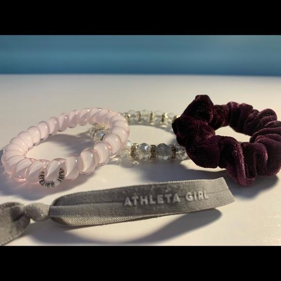 4 cute bracelets